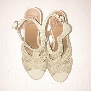 Lucky brand ladies wedges khaki 5 inch heels